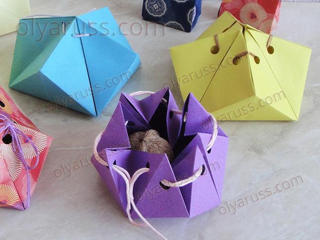 Праздничная Коробка из бумаги в технике оригами