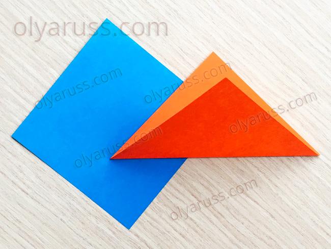 Треугольник из бумаги - базовая форма оригами
